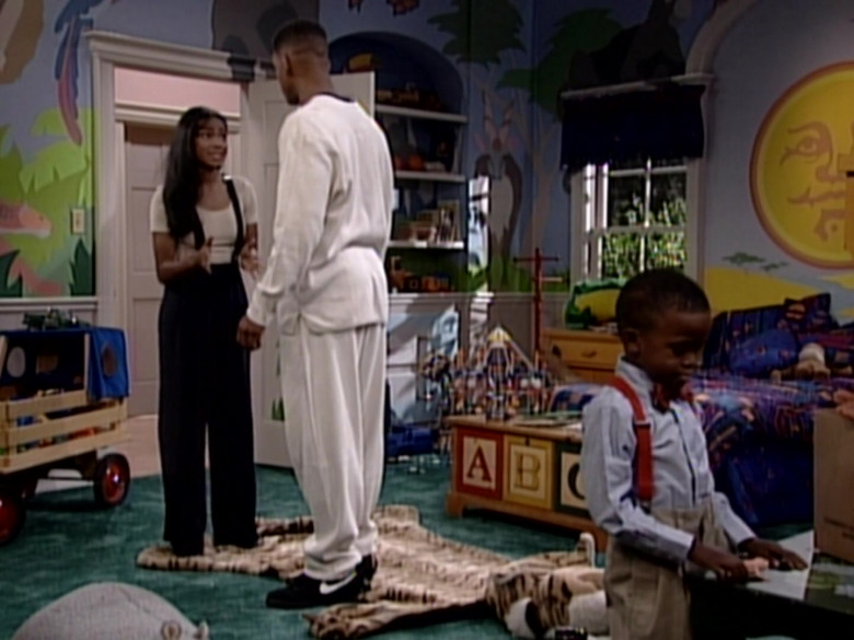 Nike Black Sneakers of Will Smith in The Fresh Prince of Bel-Air S05E03 (2)