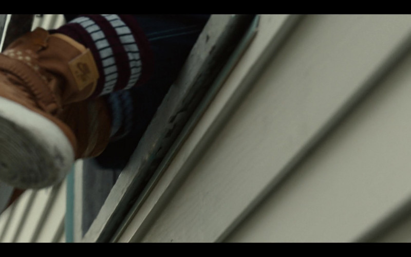 Nike Brown High-Top Shoes of Dominique Fishback as Robin in Project Power (1)