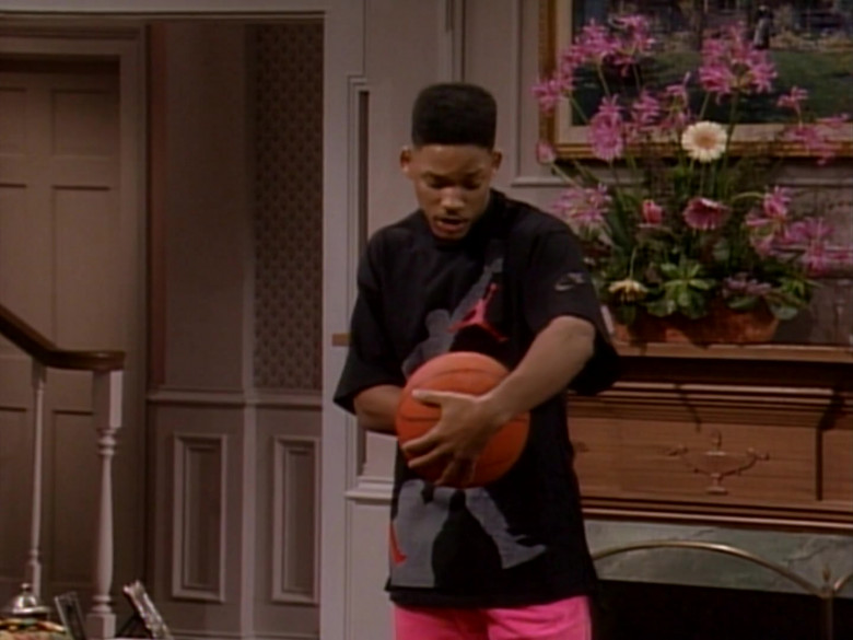 Nike Jordan Print Black T-Shirt and Pink Pants Outfit Worn by Will Smith (2)