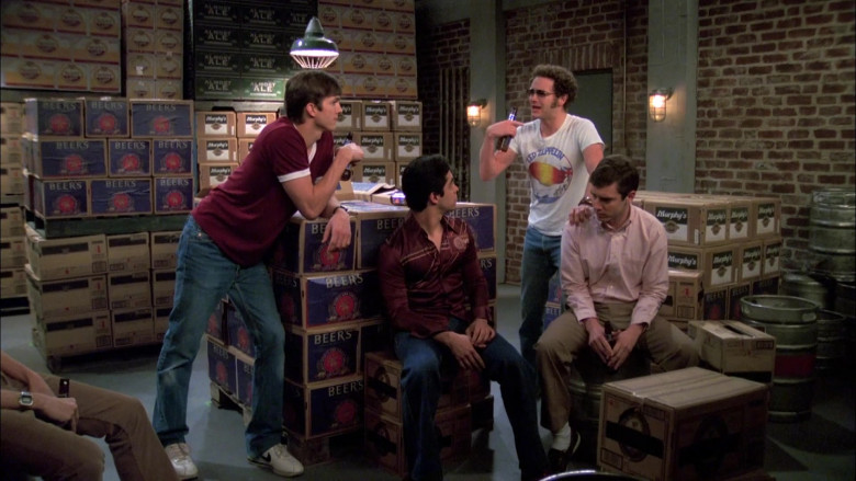 Nike Men's Shoes and Flared Jeans Worn by Ashton Kutcher as Michael Kelso in That '70s Show S07E23