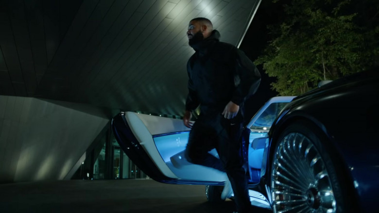 Nike Pants Outfit of Drake in Laugh Now Cry Later
