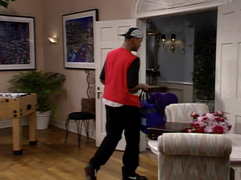 Nike Shoes, Vest and Black Pants Outfit Idea of Will Smith in The Fresh Prince of Bel-Air S03E11 (2)