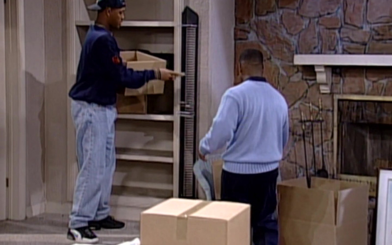 Nike Sneakers, Blue Sweatshirt and Jeans Outfit Worn by Will Smith in The Fresh Prince of Bel-Air S06E24 (1)