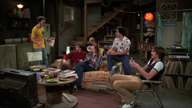 Nike Sneakers (White) Worn by Ashton Kutcher as Michael Kelso in That '70s Show S06E18
