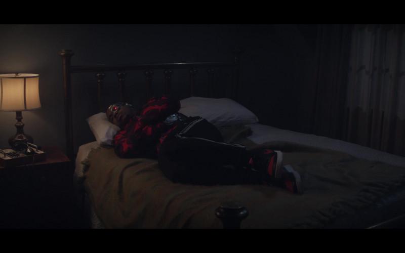 Nike Sneakers of Joivan Wade as Cyborg in Doom Patrol Season 2 Episode 9 TV Show (1)