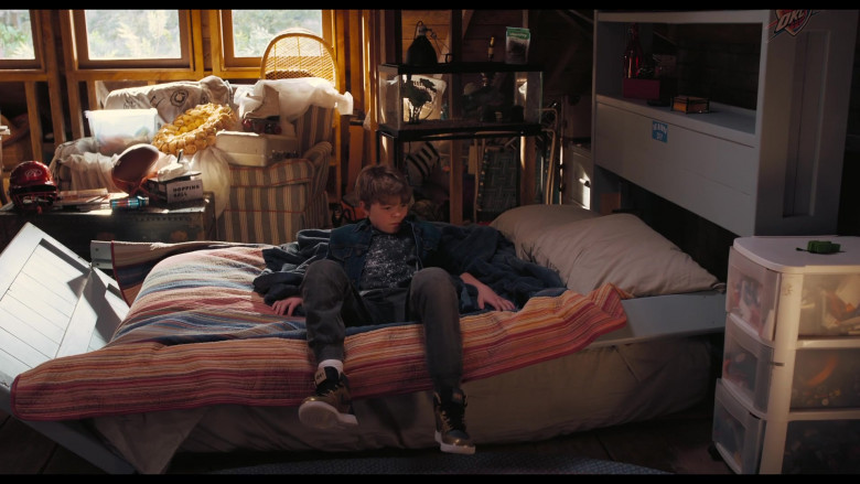 Nike Sneakers of Oakes Fegley as Peter Decker in The War with Grandpa (2)