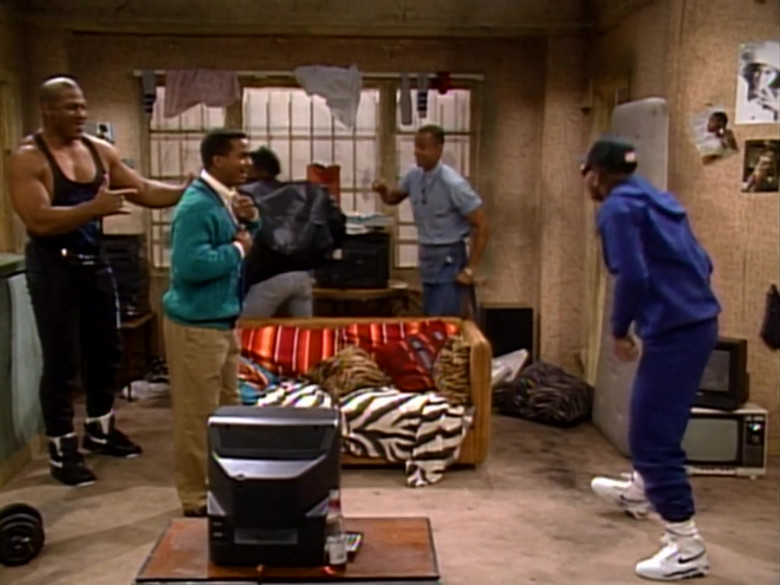 Nike White Shoes For Men in The Fresh Prince of Bel-Air S01E23