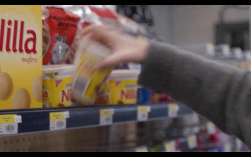 Nilla Wafers in Trinkets S02E09