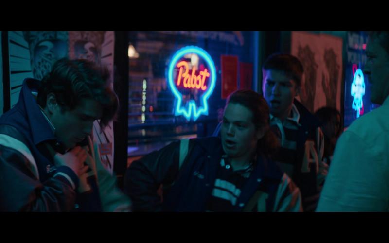 Pabst Beer Neon Sign in The Binge Movie (1)