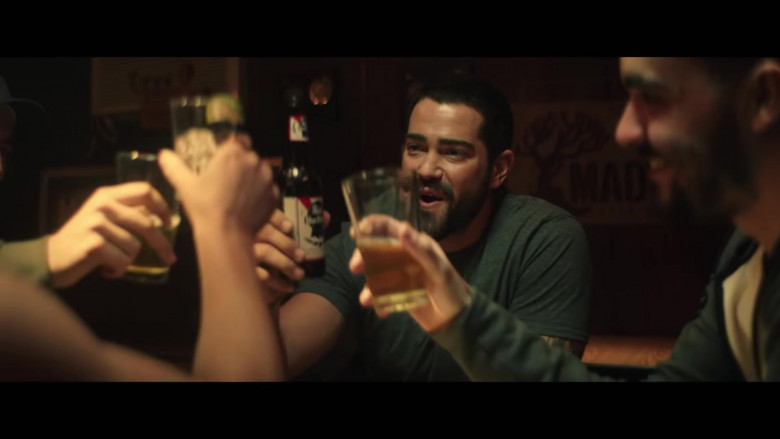 Pabst Blue Ribbon Beer of Jesse Metcalfe in Hard Kill
