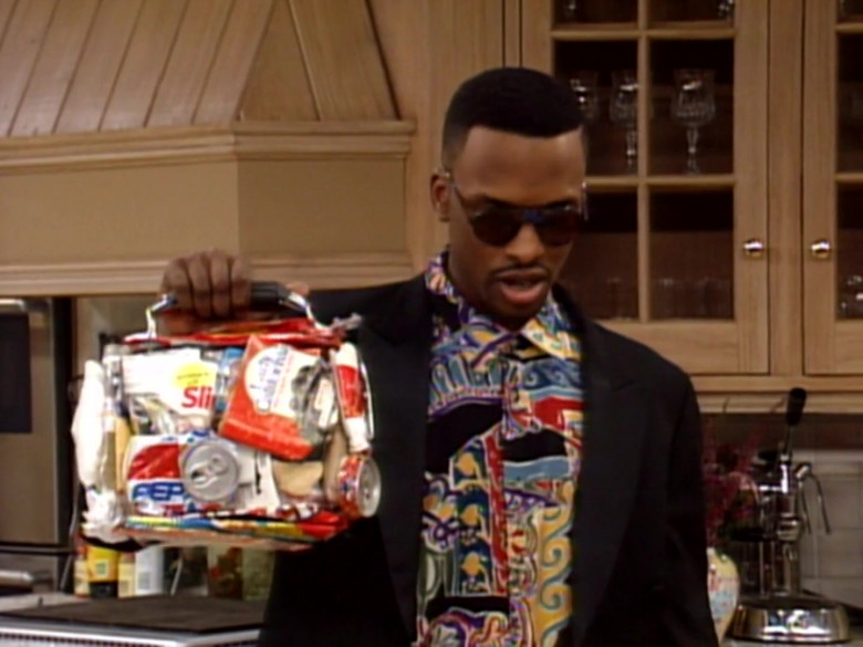 Pepsi Soda Can in The Fresh Prince of Bel-Air S02E17