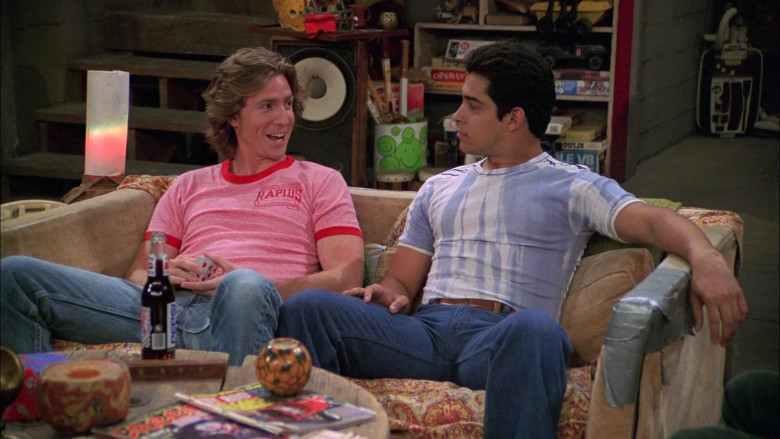 Pepsi Soda Enjoyed by Josh Meyers as Randy Pearson in That '70s Show S08E04 (2)
