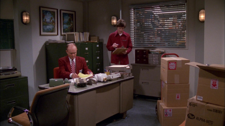 Post Alpha-Bits Breakfast Cereal in That '70s Show S02E24 (2)