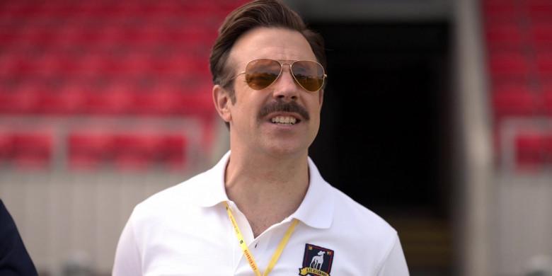 Ray-Ban Aviator Sunglasses of Jason Sudeikis in Ted Lasso S01E02 (3)