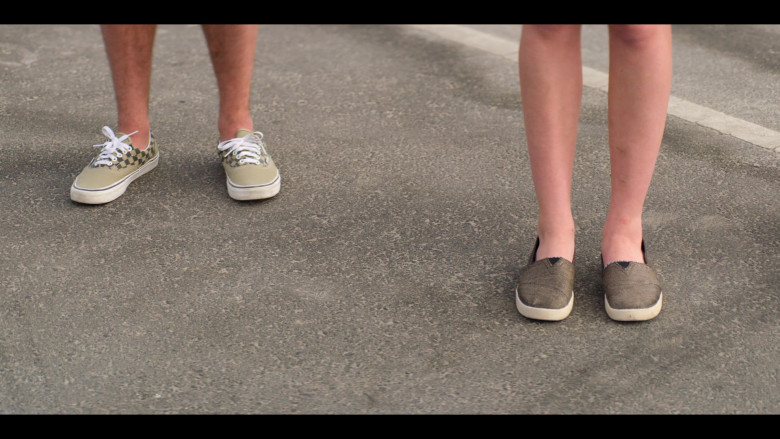 Ricardo Hurtado as Tyler Wears Vans Sneakers (4)