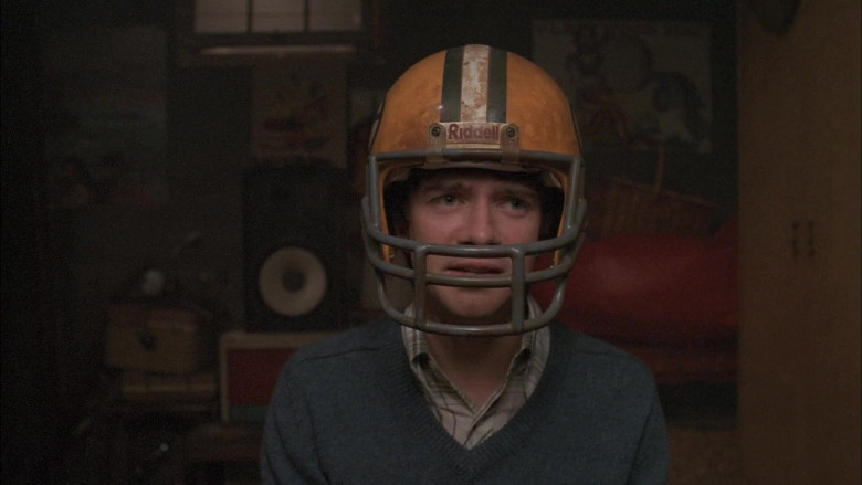 Riddell Helmet Worn by Topher Grace as Eric in That '70s Show S05E07 (4)