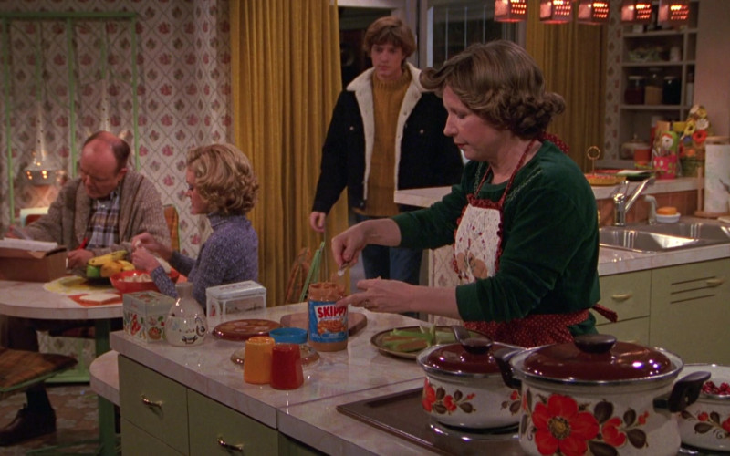 SKIPPY Peanut Butter in That '70s Show S01E09
