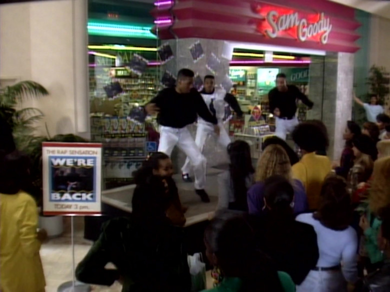 Sam Goody Store in The Fresh Prince of Bel-Air S01E08