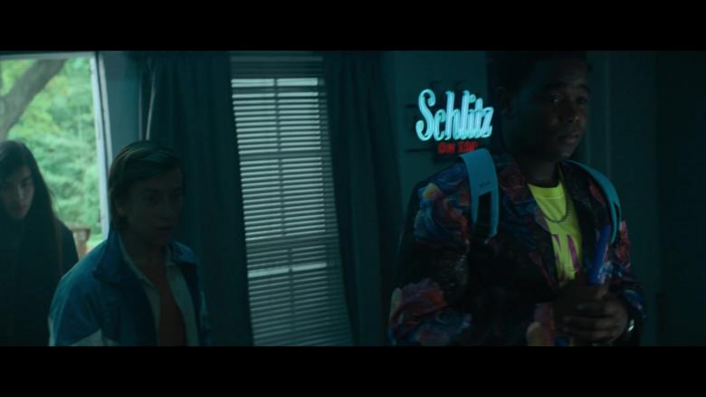 Schlitz Beer Sign in The Binge Movie (1)