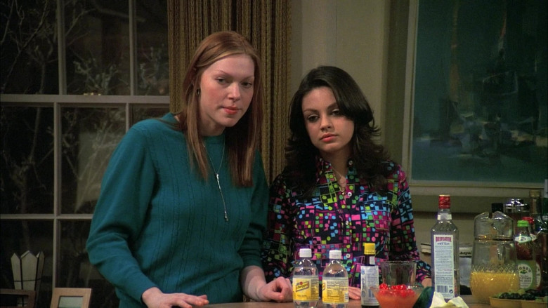 Schweppes Tonic Water & Beefeater Gin in That '70s Show