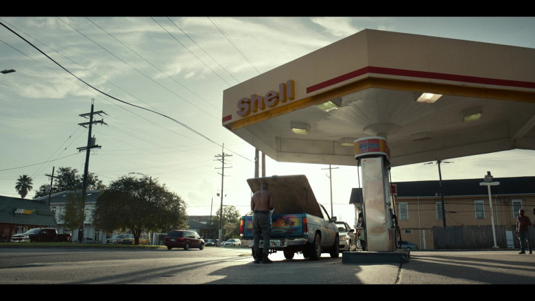 Shell Gas Station in Project Power (2020)