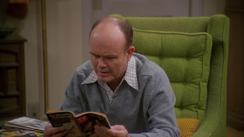 TV Guide Magazine Held by Kurtwood Smith as Red Forman in That '70s Show S03E17