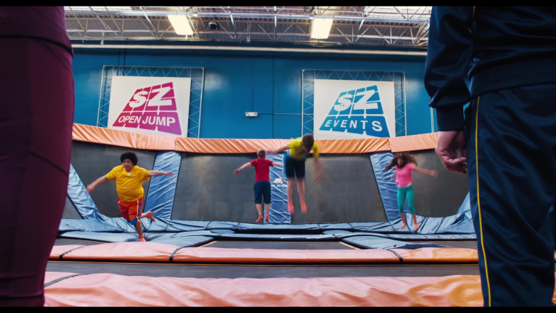 The War with Grandpa Filming Location – Sky Zone Indoor Trampoline Park (3)