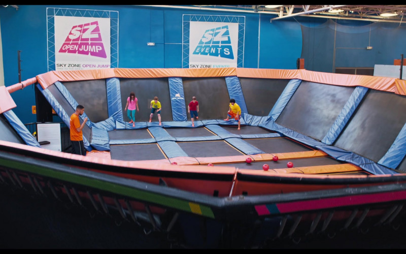 The War with Grandpa Filming Location – Sky Zone Indoor Trampoline Park (6)