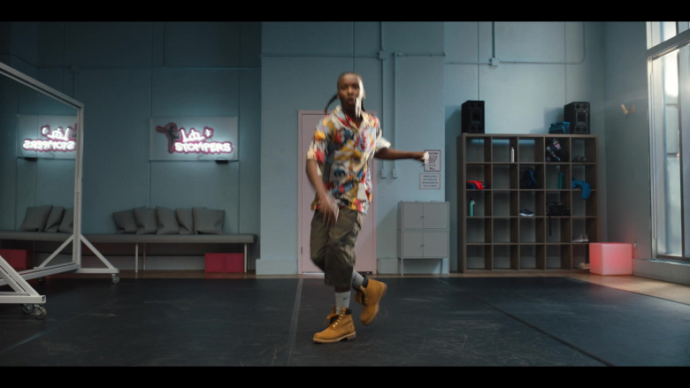 Nathaniel Scarlette Wears Timberland Boots, Nike Socks, Printed Shirt & Capri Pants Outfit