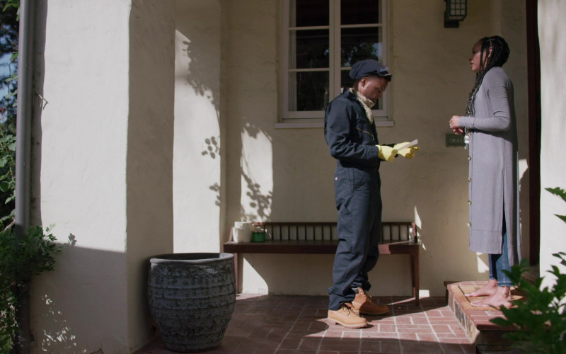 Timberland Boots in Love in the Time of Corona S01E01