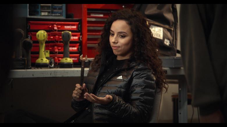 Trinkets S02E04 Outfits – Adidas Puffer Jacket of Kiana Madeira as Moe Truax (3)