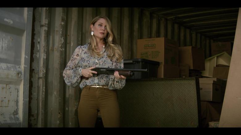 U-Haul Boxes in Teenage Bounty Hunters S01E06 (2)
