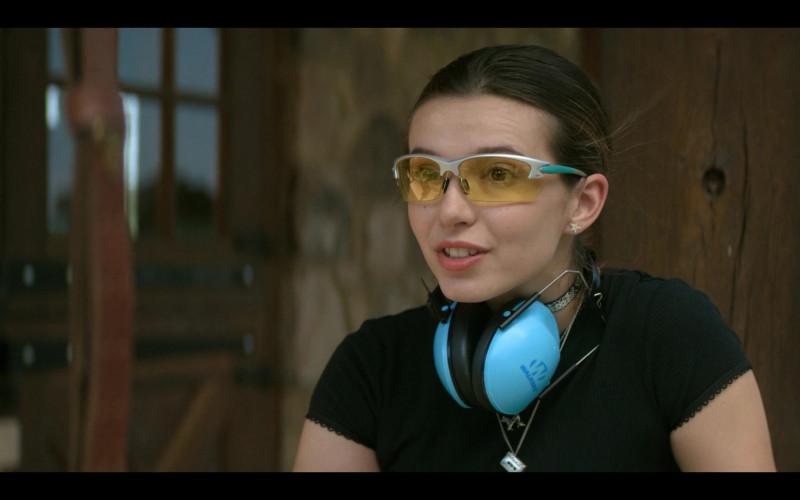 Walker's Blue Ear Muffs of Anjelica Bette Fellini as Blair in Teenage Bounty Hunters S01E07