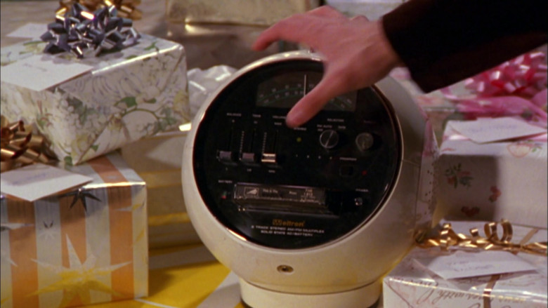 Weltron Radio in That '70s Show S02E16