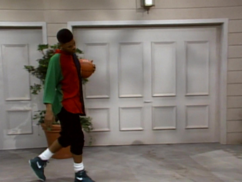 Will Smith Wears Nike Green Sneakers, Colorblock Hoodie and Black Shirt Fashion Outfit (1)