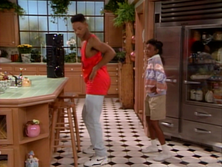 Will Smith Wears Nike White Sneakers, Orange T-Shirt and Pants Outfit (2)