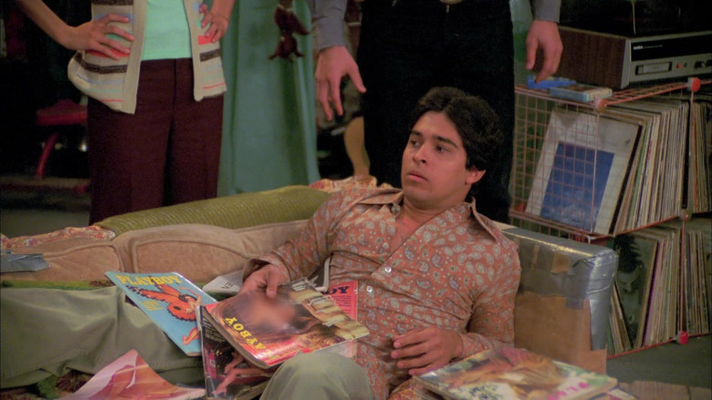 Wilmer Valderrama as Fez Reads Playboy Magazines in That '70s Show S07E05 (2)