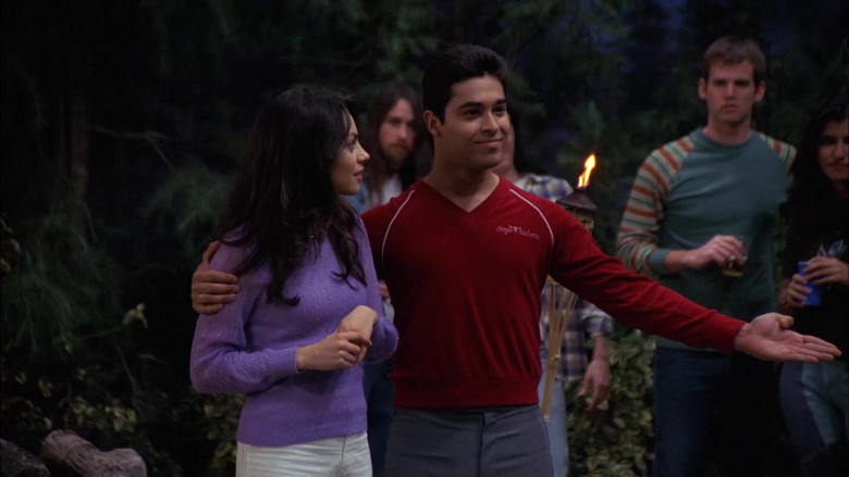 Wilmer Valderrama as Fez Wears Sergio Valente Red V-Neck Sweater Outfit in That '70s Show (5)