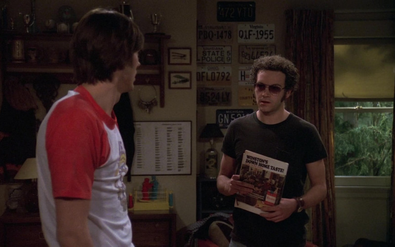 Winston Cigarettes Magazine Advertising in That '70s Show S06E15