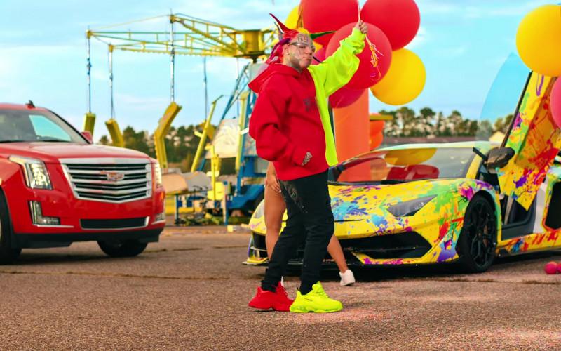6IX9INE Wears Balenciaga Neon Green – Red Shoes Outfit in TUTU (2020) Music Video
