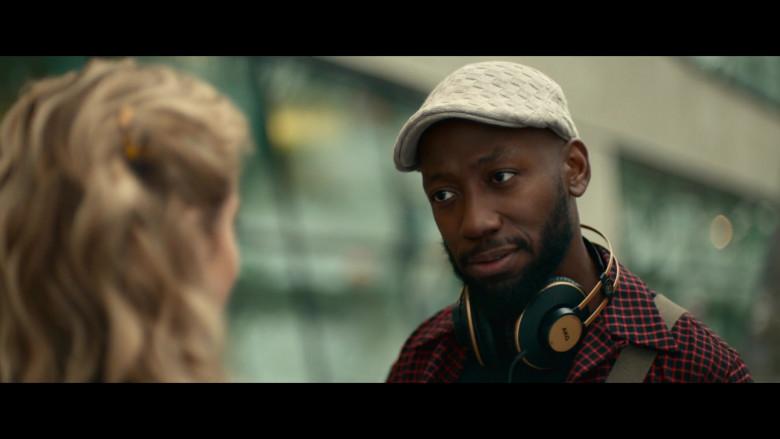 AKG Headphones Used by Lamorne Morris as Keef in Woke S01E05 (2)