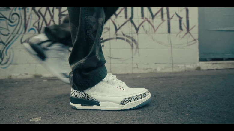 Air Jordan 3 Sneakers by Nike in Sneakerheads S01E01 101 (2020)