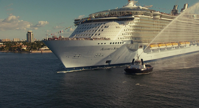 Allure of the Seas Oasis-class cruise ship by Royal Caribbean International in Jack and Jill Movie (2)