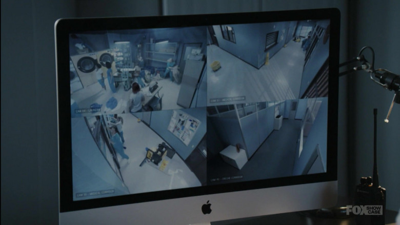 Apple iMac Computer in Wentworth S08E08 Goldfish Pt 2 (1)