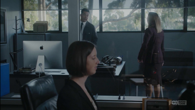 Apple iMac Computer in Wentworth S08E09 Monster (2020)