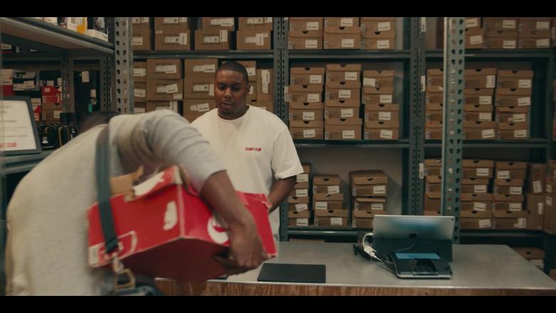 Apple iPad Tablet in the Store in Sneakerheads S01E02 Hustling Backwards (2020)