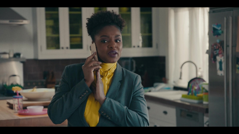 Apple iPhone Smartphone Used by Yaani King Mondschein as Christine in Sneakerheads S01E01
