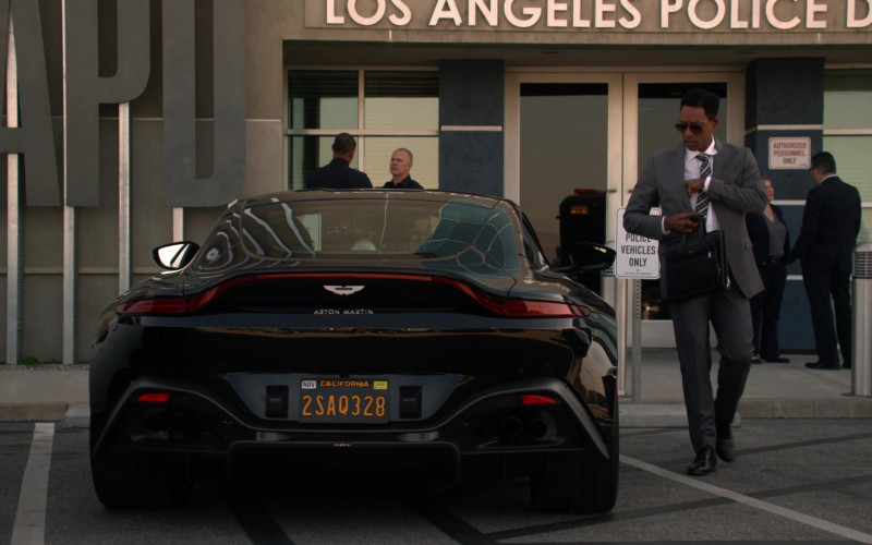 Aston Martin Vantage Black Roadster Car in L.A.'s Finest S02E12 (1)