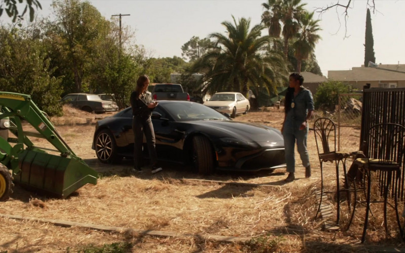 Aston Martin Vantage Car Driven by Gabrielle Union as Syd in L.A.'s Finest S02E05 (2)