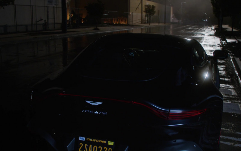 Aston Martin Vantage Sports Car in L.A.'s Finest S02E01 (1)